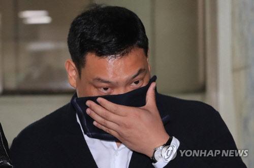 """`대마 혐의` 요리사 이찬오 항소심도 집행유예…법원 """"정신장애 치료 참작"""""""
